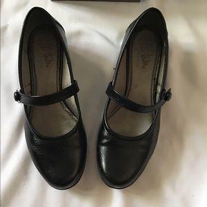Life Stride Shoes - Lifestride 7.5 Soft System Flats Maryjane Shoes